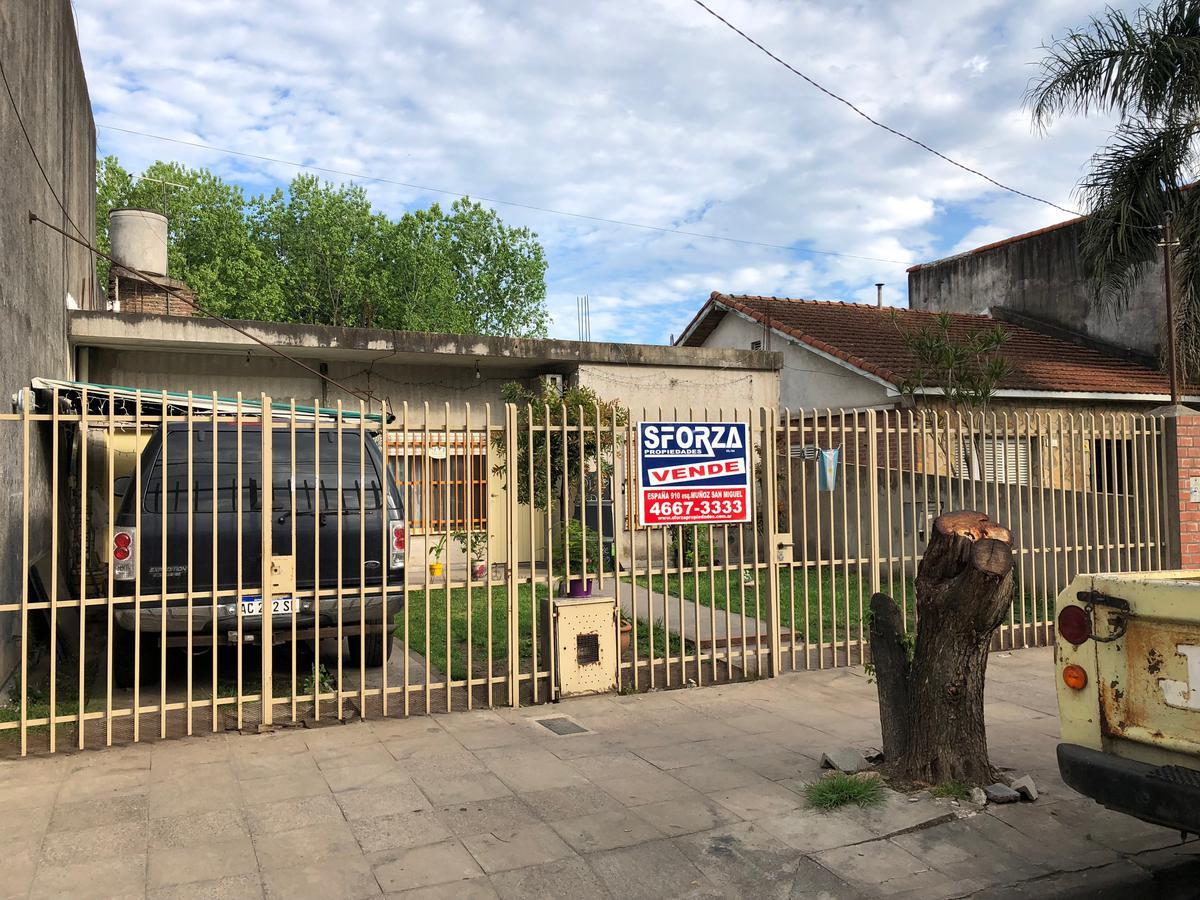 Foto Casa en Venta en  San Miguel ,  G.B.A. Zona Norte  GUEMES al 400