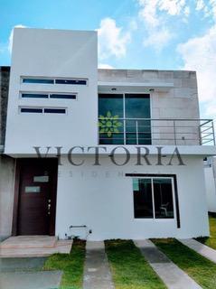 Foto Casa en condominio en Venta en  Paseos del Valle,  Toluca          La Vesana al 100