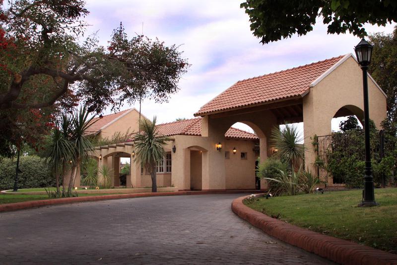 Foto Terreno en Venta en  Rivadavia ,  San Juan  Rastreador Calivar 800
