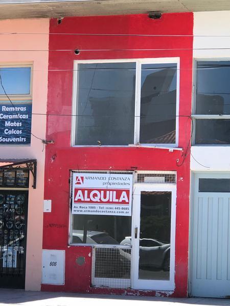 Foto Local en Alquiler en  Puerto Madryn,  Biedma  Av. Roca 606
