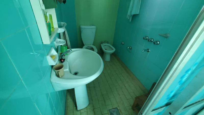 Foto Casa en Venta en  Mataderos ,  Capital Federal  Pila 7400, mataderos, casa de 3 ambientes sobre lote de  8,66 x 33,50.