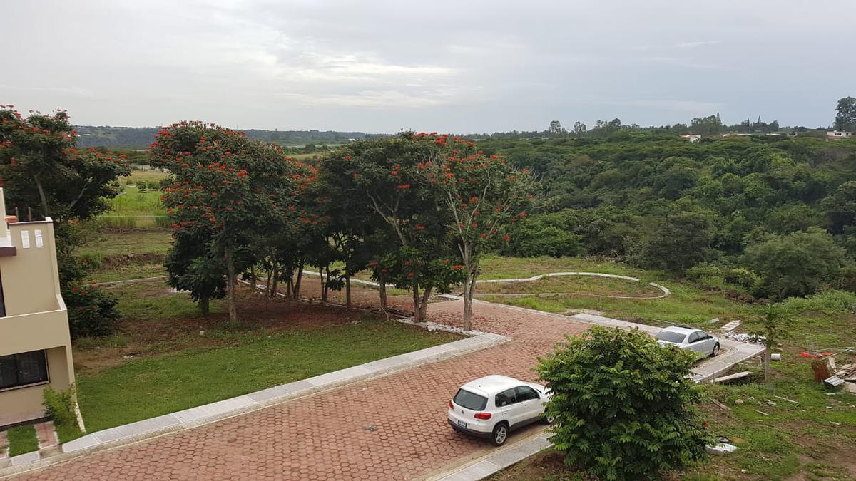 Foto Terreno en Venta en  Pueblo Dos Ríos,  Emiliano Zapata  Terreno en venta en Emiliano Zapata, Fracc. Cañada de Dos Ríos, L10 MC, esquina.