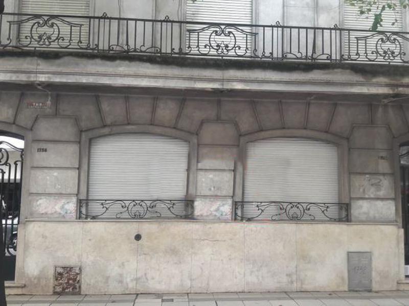 Foto Local en Alquiler en  Centro,  Rosario  Cordoba al 1700