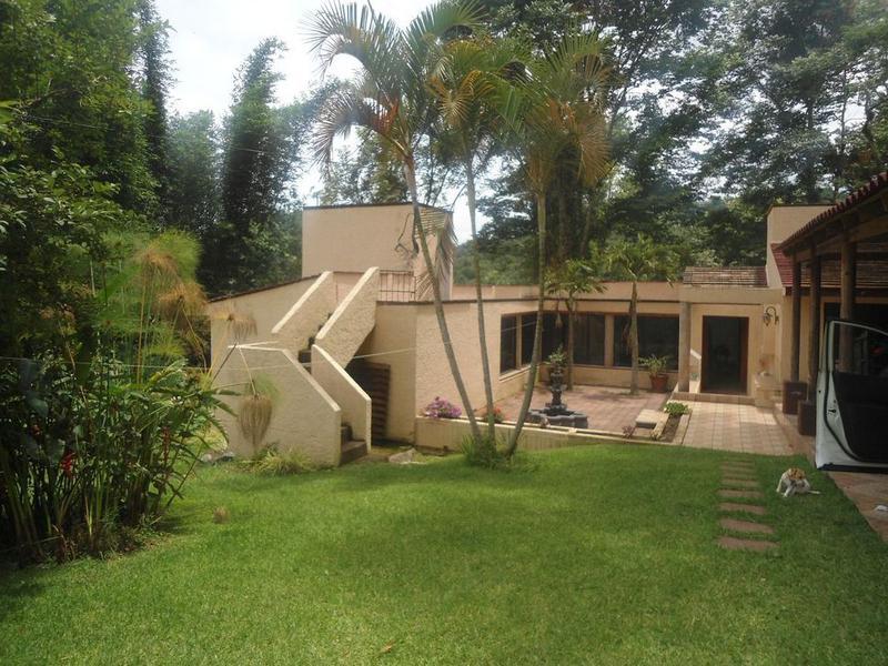 Foto Casa en Venta en  La Pitaya,  Coatepec  HERMOSA CASA EN VENTA 3 REC EN LA PITAYA COATEPEC