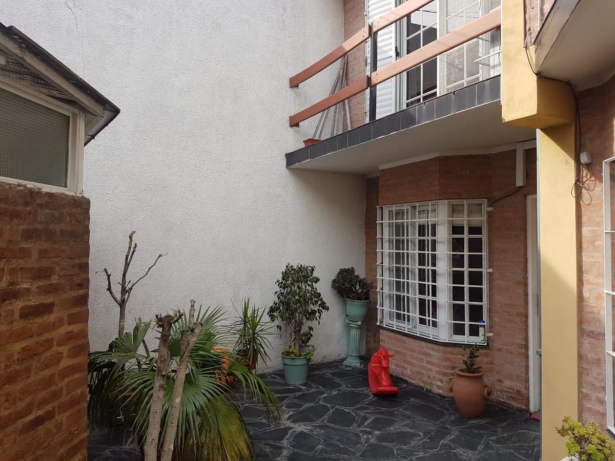 Foto PH en Venta en  Avellaneda,  Avellaneda  Florencio Varela al 300