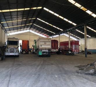 Foto Bodega Industrial en Venta en  Toluca ,  Edo. de México  Venta de Bodega derca de Estación de Bomberos Toluca