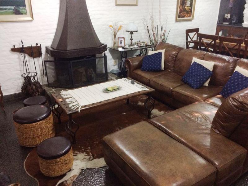 Foto Casa en Venta en  Pocitos ,  Montevideo  Perez, Lorenzo Justiniano 3200