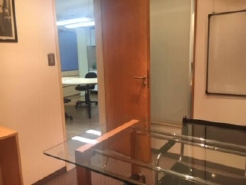 Foto Oficina en Alquiler en  Tribunales,  Centro (Capital Federal)  Sarmiento al 900