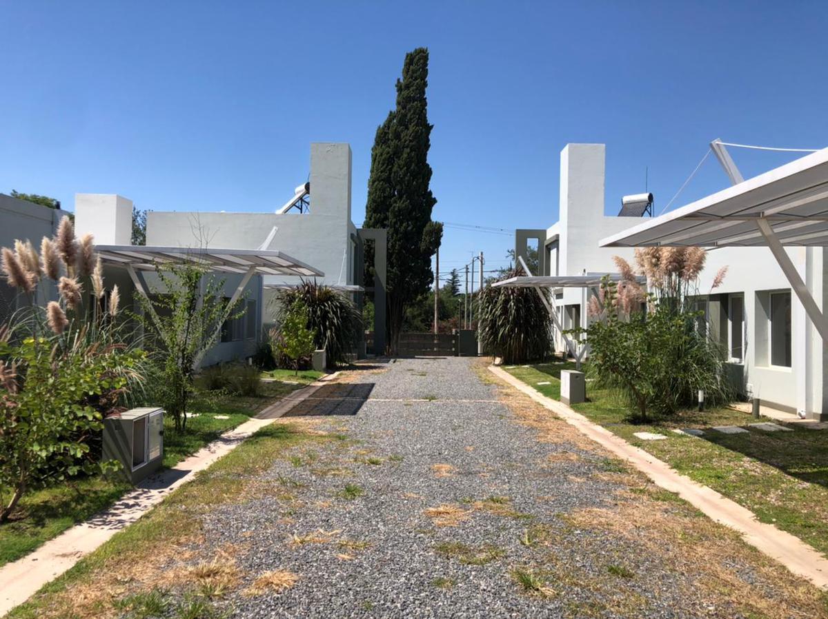 Foto Casa en Venta en  Villa Allende,  Colon  HOUSING PINAR DE CABRERA UNIDAD DE 2 DORMITORIOS A al 400