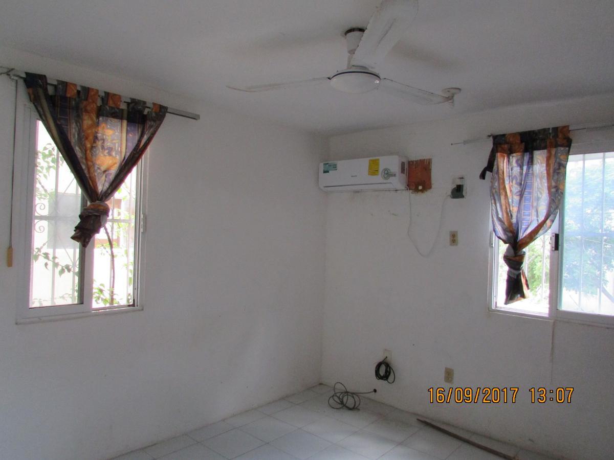 Foto Departamento en Venta en  Cozumel ,  Quintana Roo  Departamento Golondrinas - Av. 8 de Octubre entre calle 35 y 37 , Edificio 5