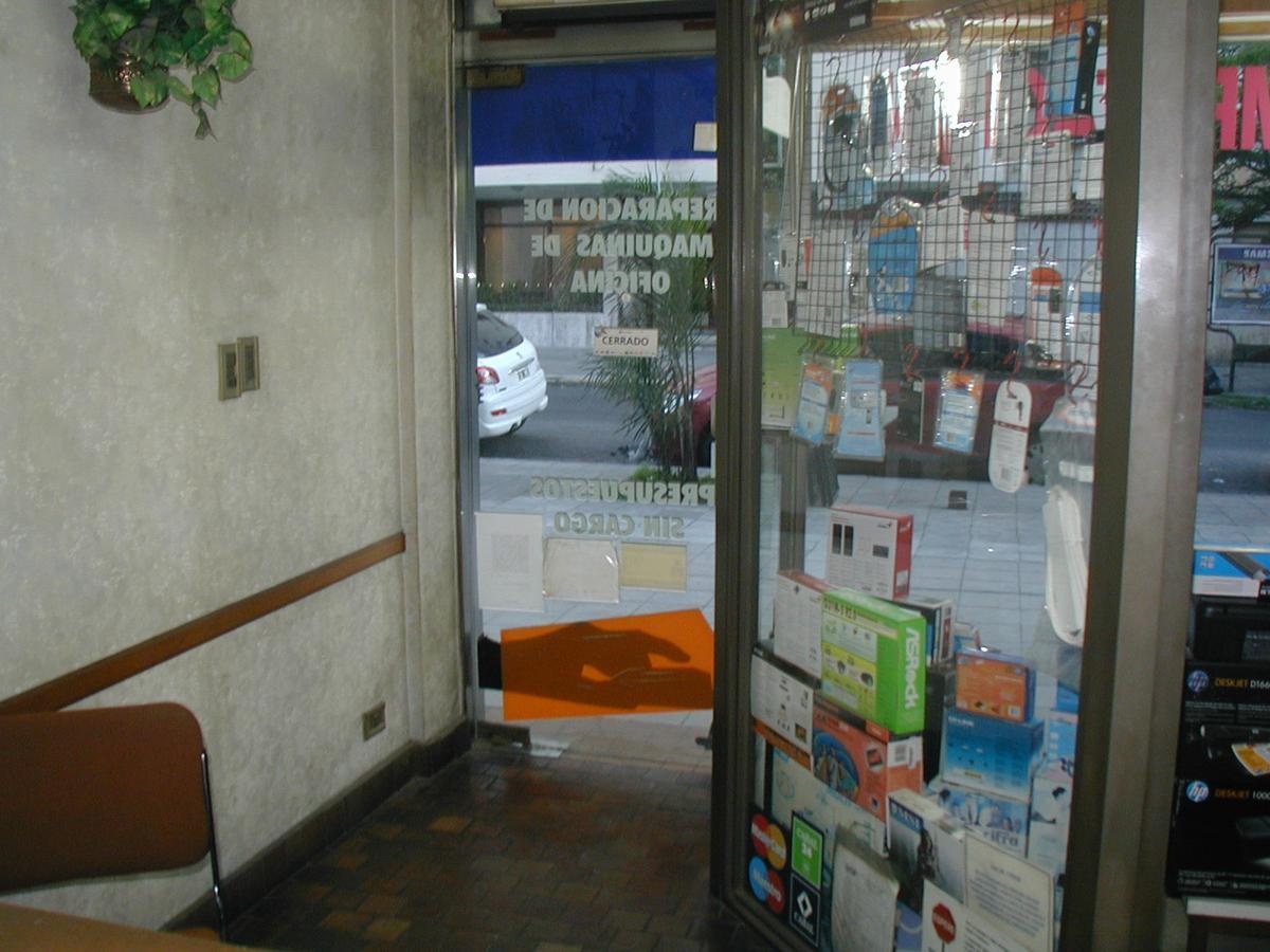 Foto Local en Venta en  Lomas de Zamora Oeste,  Lomas De Zamora  LORIA 200, Lomas de Zamora - RETASADO