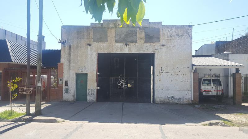 Foto Depósito en Alquiler en  Gerli,  Avellaneda  SARGENTO CABRAL al 200