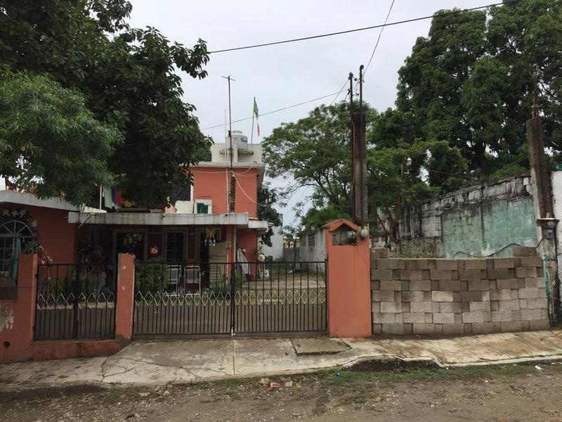 Foto Terreno en Venta en  Niños Héroes,  Tampico  Terreno amplio en col. Niños Heroes