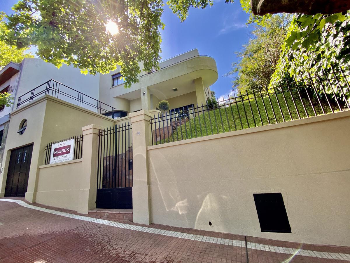 Foto Casa en Venta en  Vicente López ,  G.B.A. Zona Norte  Haedo al 1000