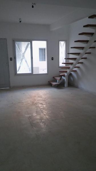 Foto Casa en Venta en  San Miguel ,  G.B.A. Zona Norte  Mono ambiente, cochera Casacuberta y San Jose - Bo. Cerrado