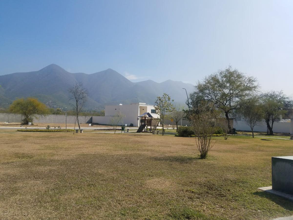 Foto Terreno en Venta en  El Barrial,  Santiago  Terreno en Venta, excelente Fraccionamiento en el Barrial, AMORADA, OPORTUNIDAD (VSC)