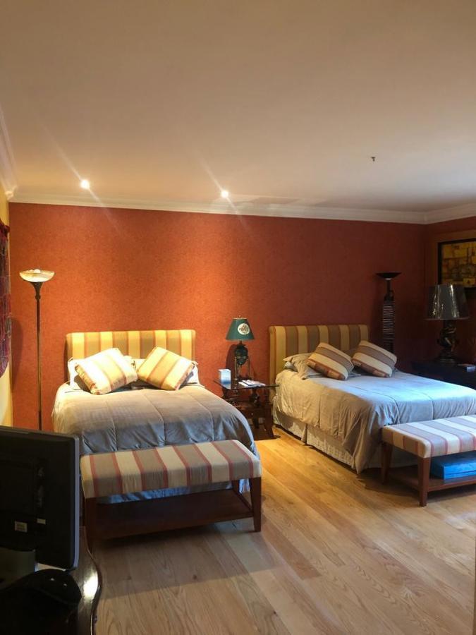 Foto Departamento en Venta en  Lomas Country Club,  Huixquilucan  DEPARTAMENTO EN LOMAS COUNTRY CLUB, IMPECABLE Y LUJOSO DEPARTAMENTO
