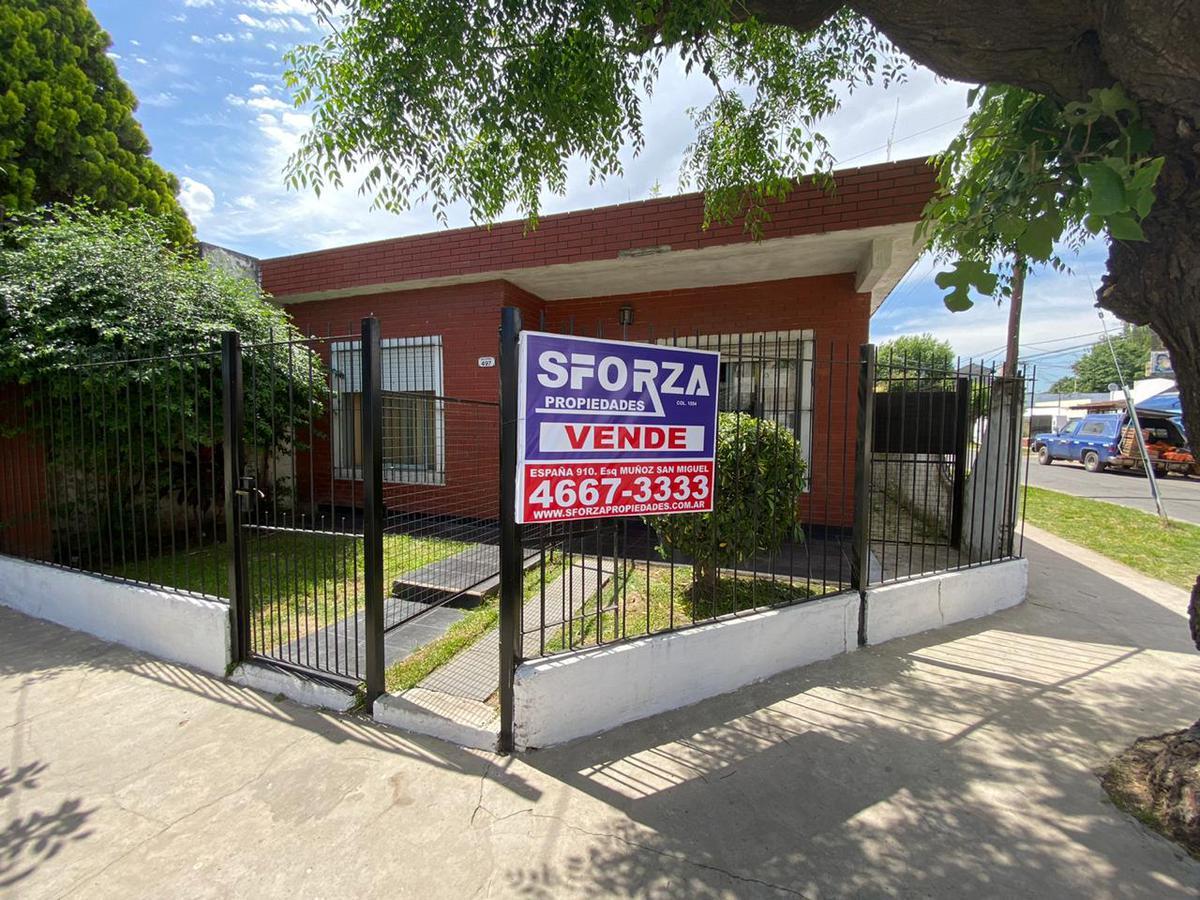 Foto Casa en Venta en  San Miguel,  San Miguel  Salerno al 400