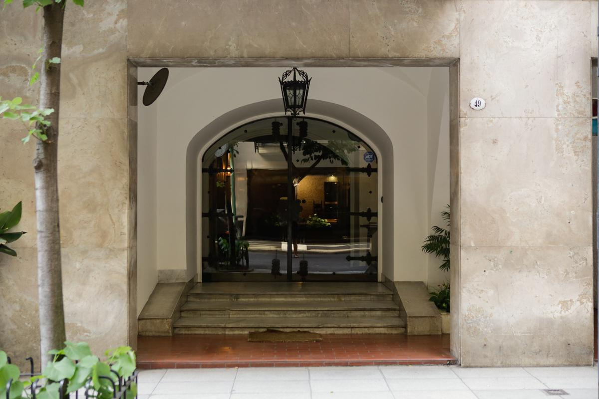 Foto Departamento en Venta en  Recoleta ,  Capital Federal  Av .Quintana  y Libertad