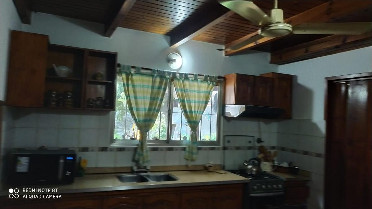 Foto Casa en Venta en  Temperley,  Lomas De Zamora  El Tordo 65