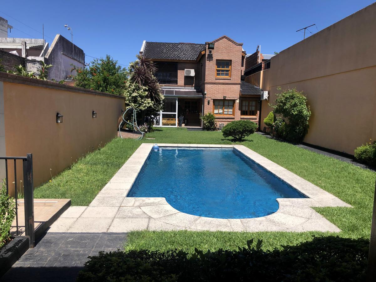 Foto Casa en Venta en  General San Martin,  General San Martin  Alvear Nº 2300