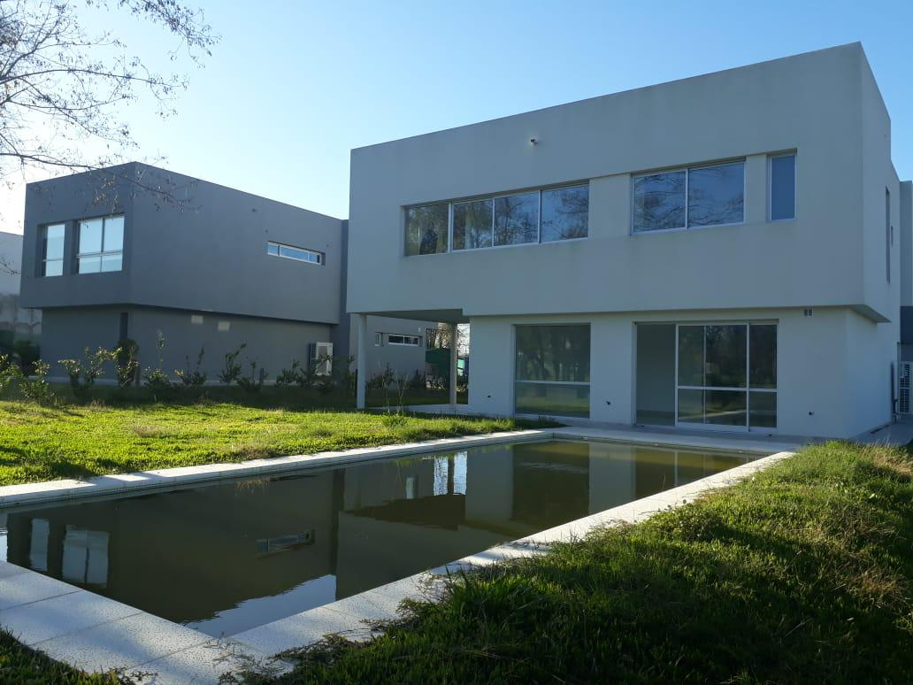 Foto Casa en Venta en  Greenville Polo & Resort,  Guillermo E Hudson  Greenville   Casa barrio H Nro 50