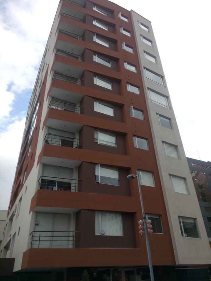 Foto Departamento en Alquiler en  Centro Norte,  Quito  Rento departamento 2 dormitorios balcón, sector Megamaxi La carolina
