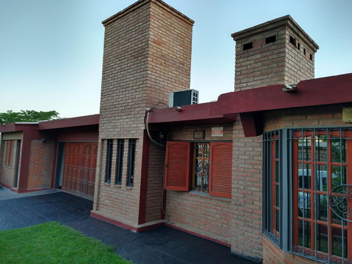 Foto Casa en Venta en  Villa Allende,  Cordoba Capital  GRAN CASA EN VILLA ALLENDE PARQUE