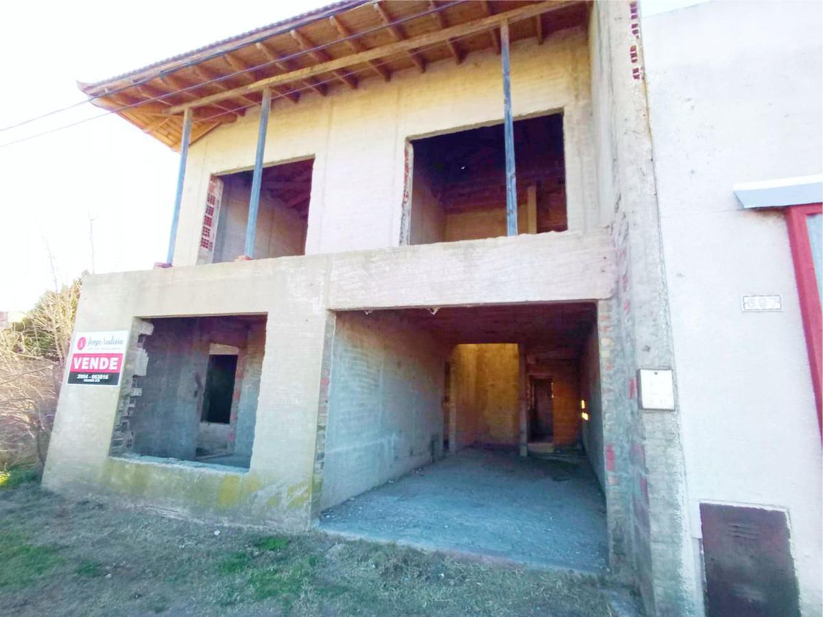 Foto Casa en Venta en  Macachin,  Atreuco  Tucumán Nº687 - Macachín - La Pampa