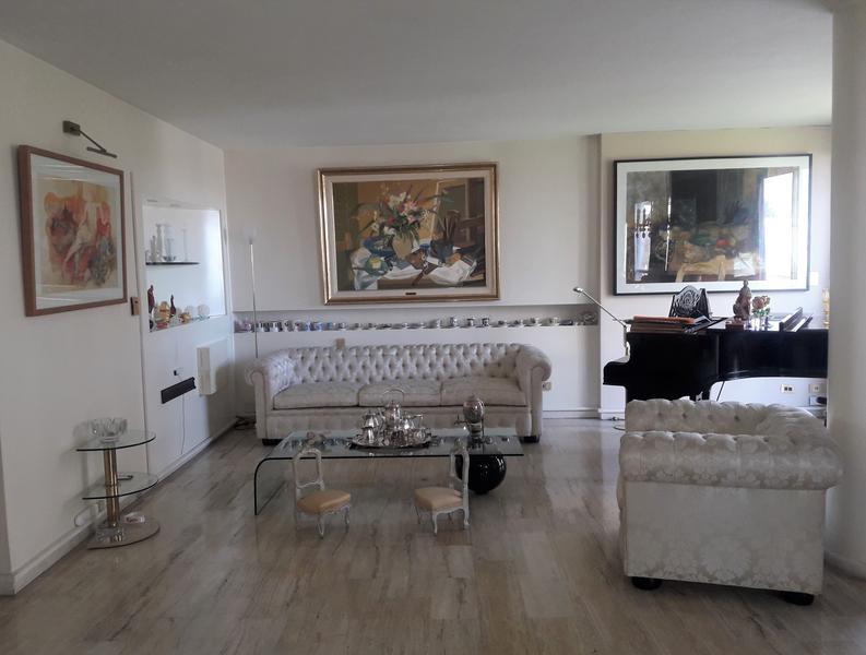 Foto Departamento en Venta en  Palermo ,  Capital Federal  Figueroa Alcorta al 3000