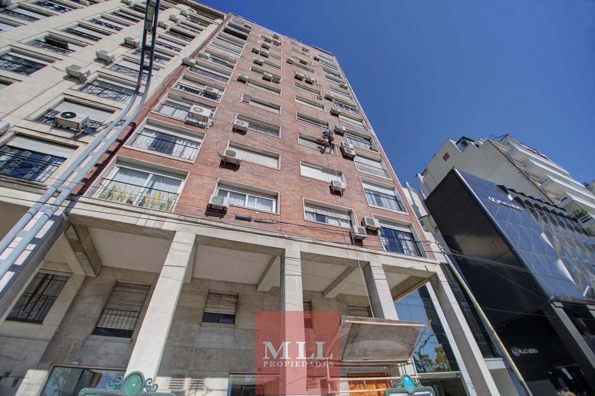 Foto Departamento en Venta en  Recoleta ,  Capital Federal  Av. Libertador y Montevideo, 6 Piso