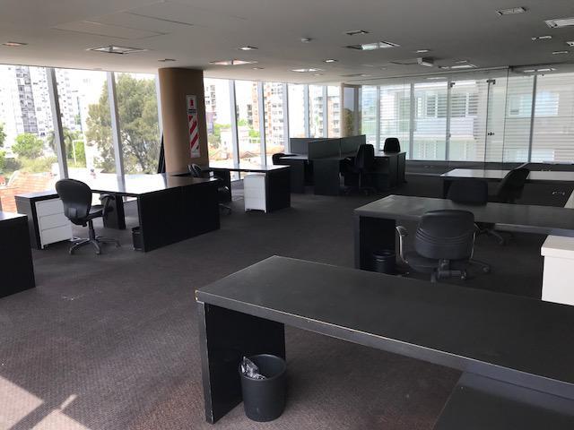 D 39 aria propiedades oficina en alquiler en olivos vias for Muebles de oficina olivos