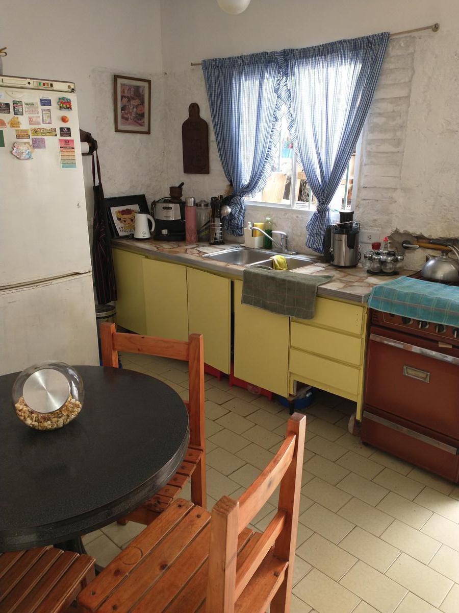 Foto Casa en Venta en  Olivos,  Vicente Lopez  Carlos Gardel al 3500