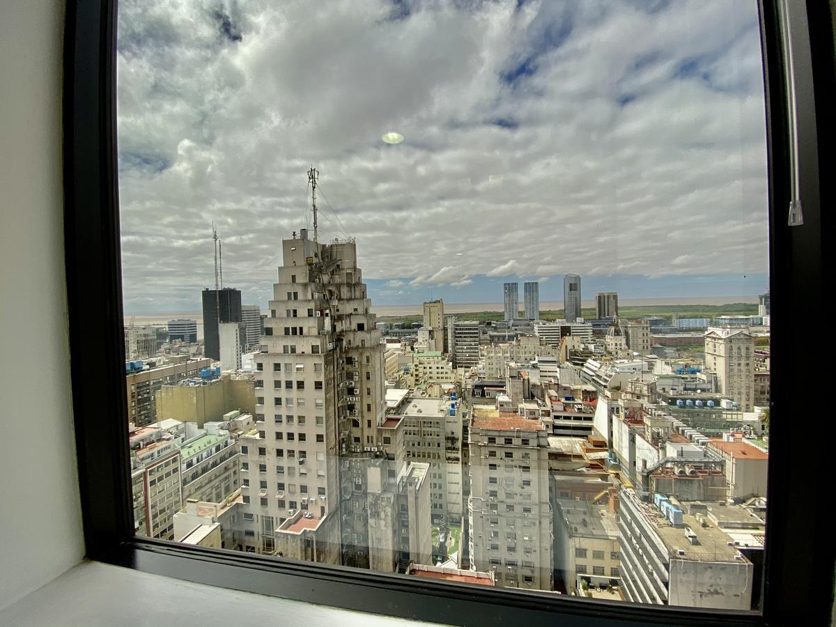 Foto Oficina en Alquiler en  Centro (Capital Federal) ,  Capital Federal  San Martín  al 300