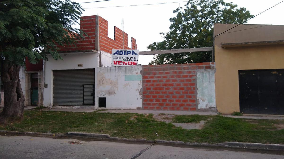 Foto Terreno en Venta en  Villalobos,  Guillermo E Hudson  Calle 162, Pueblo Nuevo, Hudson