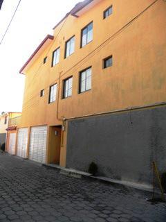 Foto Departamento en Renta en  San Salvador Tizatlalli,  Metepec  1a privada de Nicolas Bravo