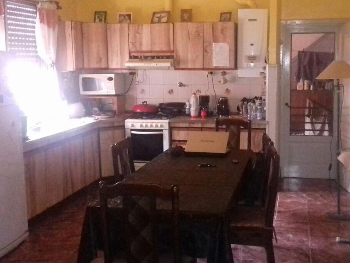 Foto Casa en Venta en  Crucesita,  Avellaneda  Llorente al 500