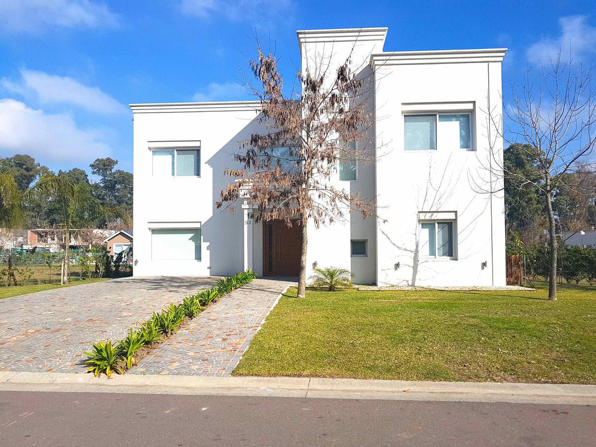 Foto Casa en Venta en  La Reserva Cardales,  Campana  Ruta 9 km al 100