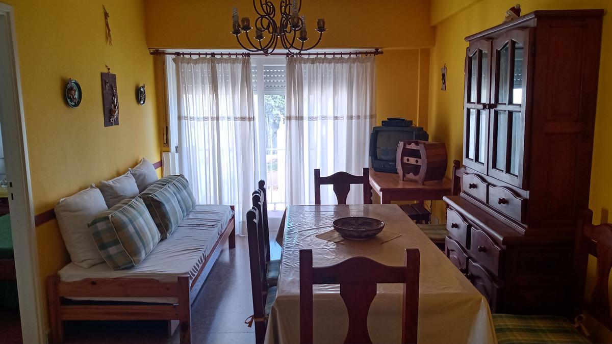Foto Departamento en Alquiler en  San Bernardo Del Tuyu ,  Costa Atlantica  Chiozza 2564 - 5º J