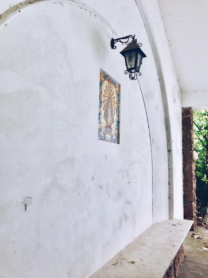 Foto Casa en Venta en  Carrasco ,  Montevideo  Avenida Bolivia al 1400