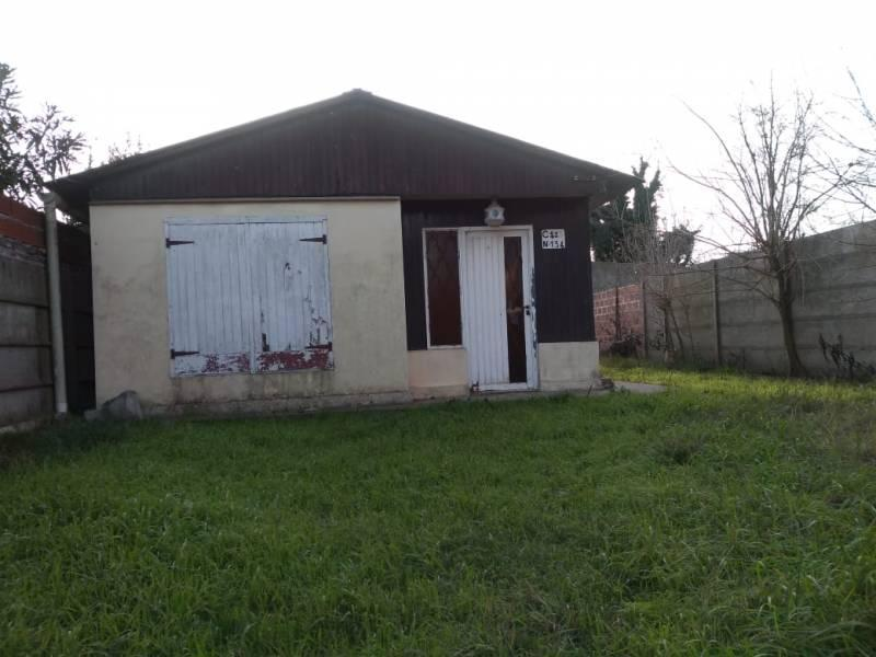 Foto Casa en Venta en  General Belgrano,  General Belgrano  Calle 125 entre 52 y 54 al 100
