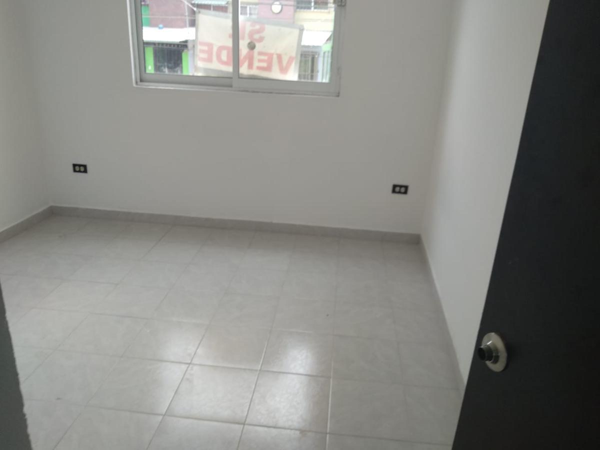 Foto Casa en Venta en  Casa Blanca,  Xalapa  BONITA CASA EN FRACCIONAMIENTO  A MENOS DE 10 MIN. DE PLAZA CRYSTAL