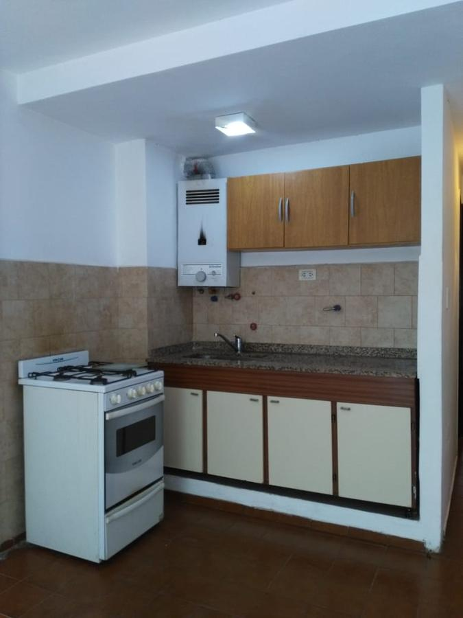 Foto Departamento en Alquiler en  Nueva Cordoba,  Capital  Montevideo 54