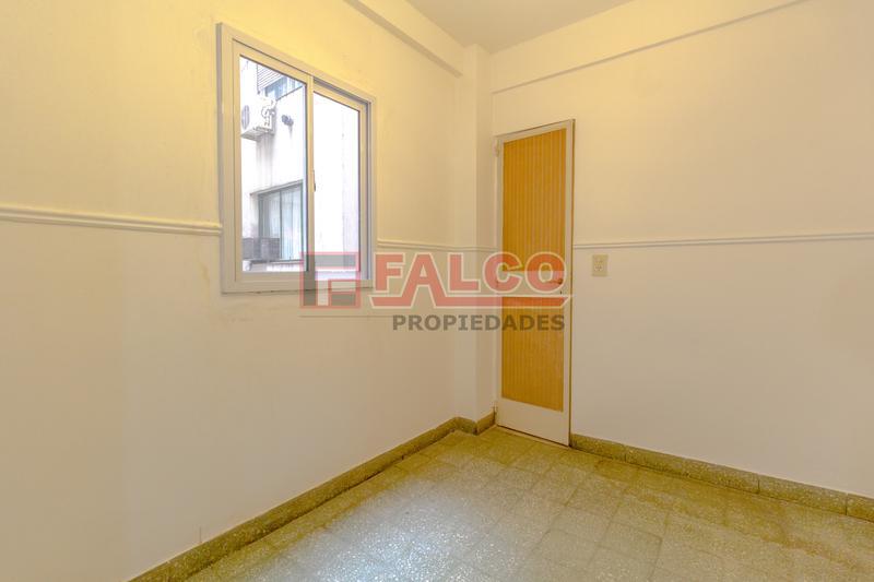 Foto Departamento en Alquiler en  Caballito ,  Capital Federal  Rosario al 600