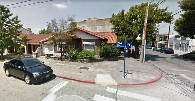 Foto Casa en Venta en  Castelar Norte,  Castelar  Av. I. ARIAS al 3300