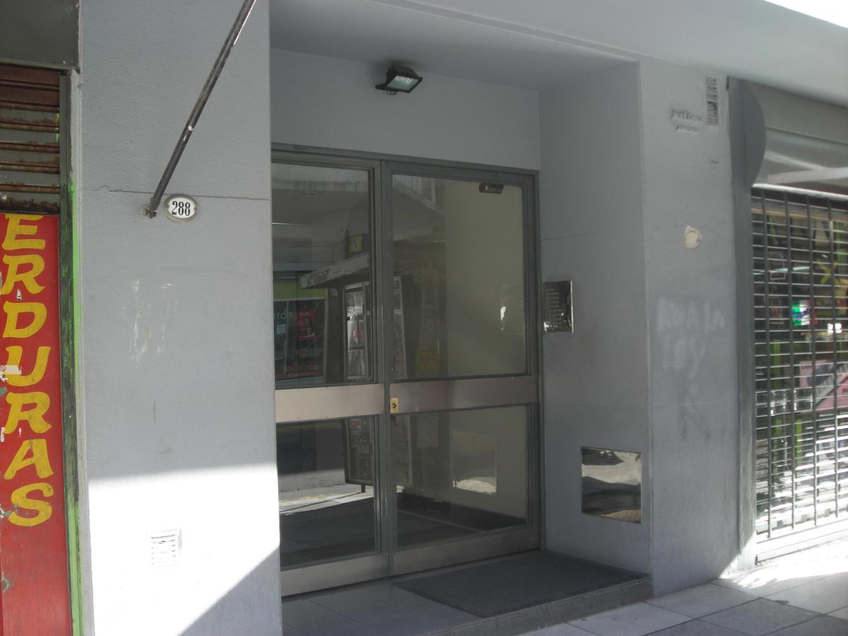 Foto Departamento en Alquiler en  Congreso ,  Capital Federal  Montevideo 290, 2° ''F''