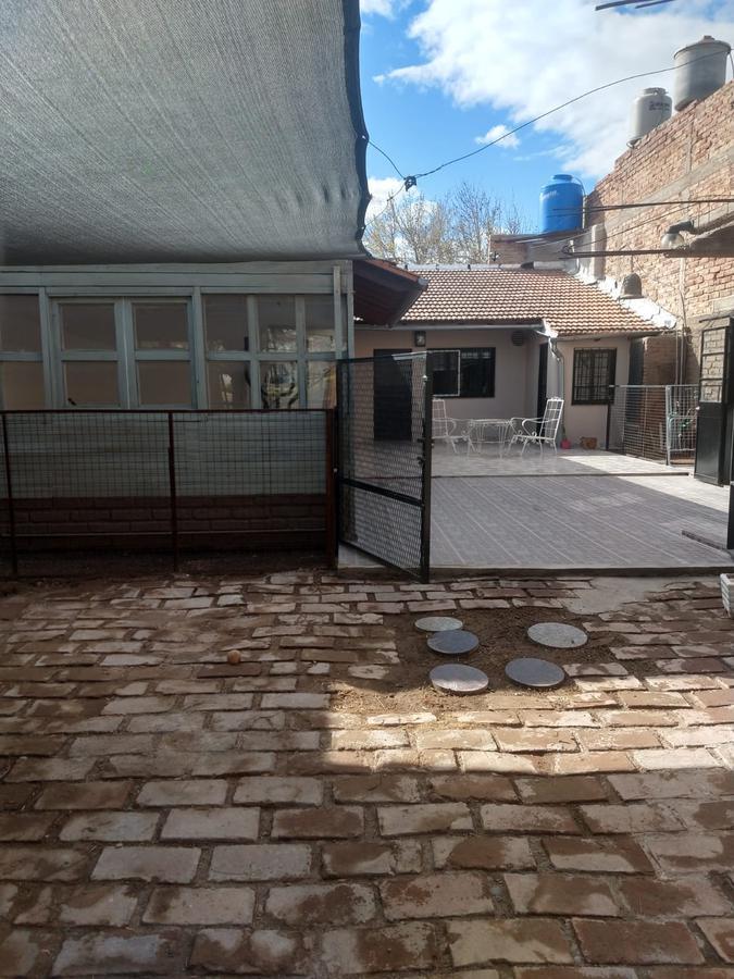 Foto Casa en Venta en  Villa Florencia,  Capital  INTENDENTE CARRO al 1100