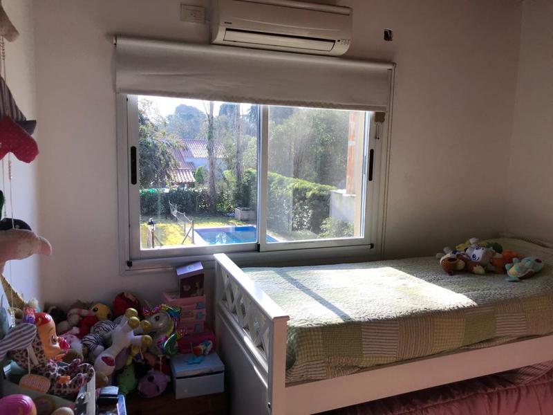 Foto Casa en Venta en  Barrio Parque Leloir,  Ituzaingo  Repetto al 2400