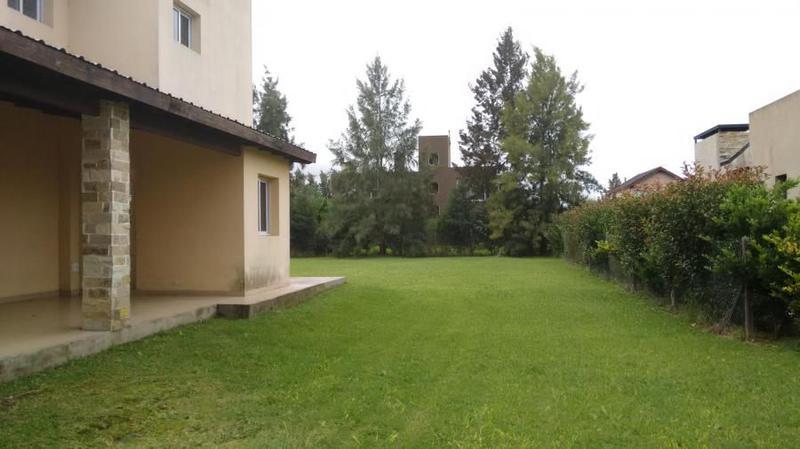 Foto Casa en Venta en  Canning,  Esteban Echeverria  Malibu - Canning