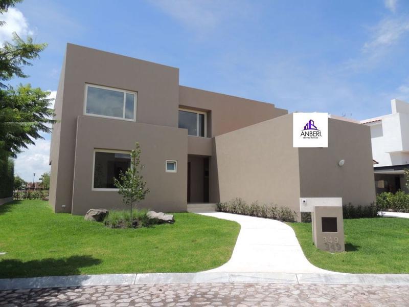 Foto Casa en condominio en Venta en  Hacienda Campanario,  Querétaro  Hacienda Campanario